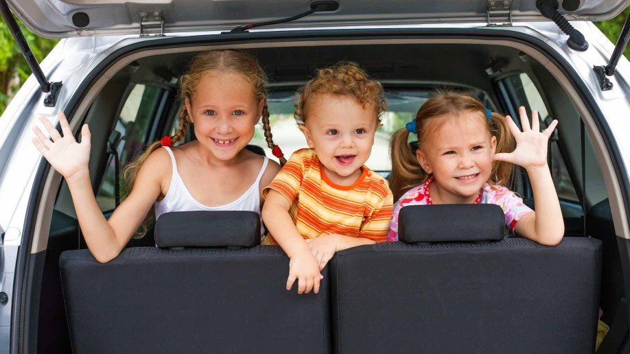 kids-car-road-trip-918x516